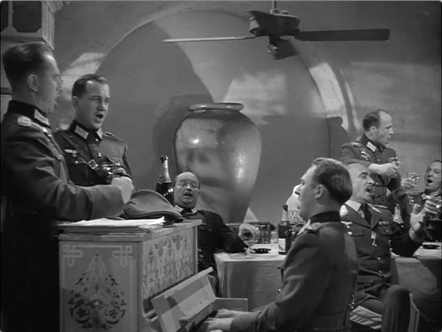 Germans-piano-Casablanca